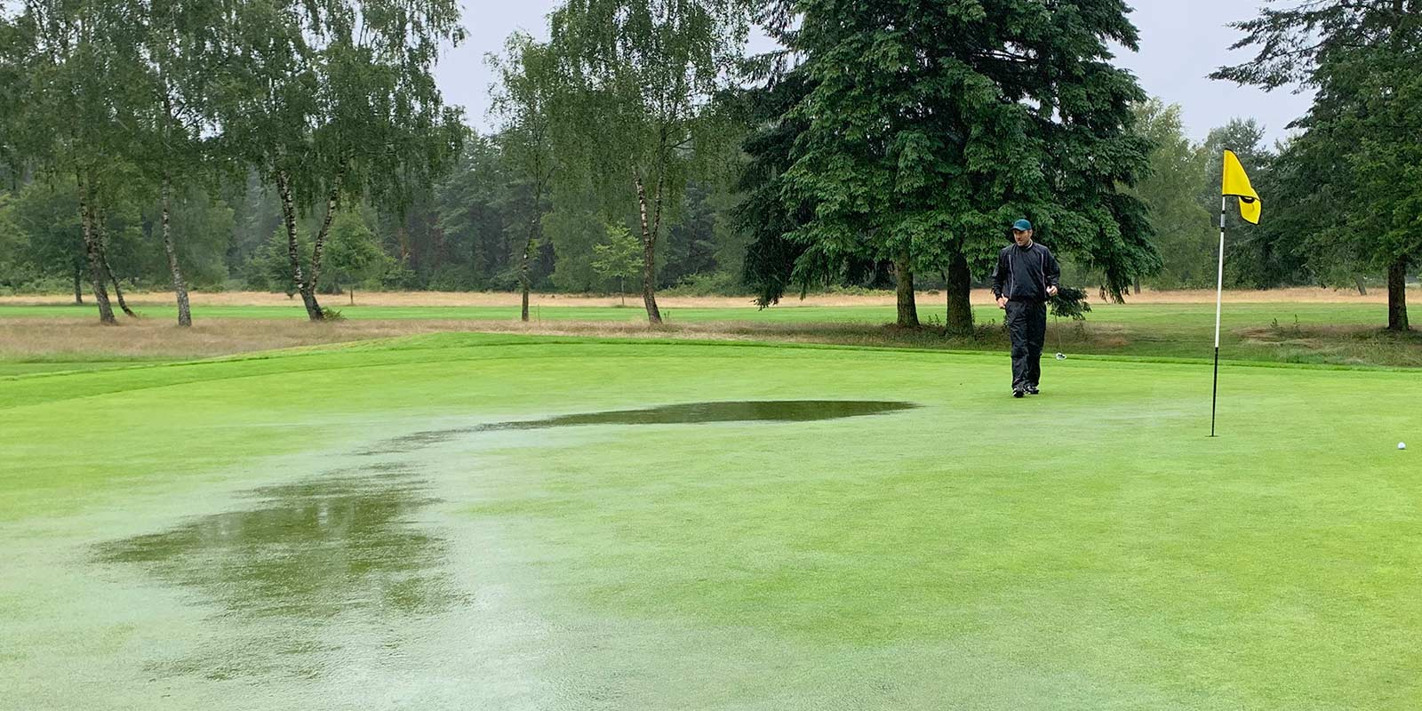 Teaser Grambek Open 2020 Tag 1 - wieder viel Wasser auf dem Platz